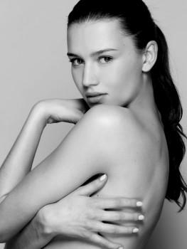 Alesya Kafelnikova photos