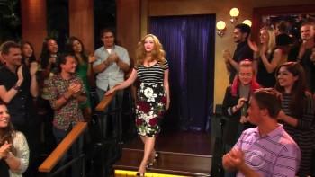 CHRISTINA HENDRICKS - BOOBs - Late Late Show 07.20.15