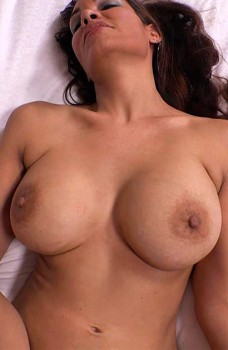 Busty MILF Bianca Tries Anal Cover