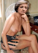 Tremenda Sammi smith nude pictures coronation street chida