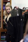 Khloe Kardashian - Shopping in Sydney, Australia (7/31/15)