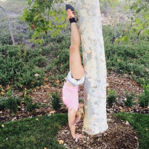 Britney Spears Doing a Handstand - 7/31/15 Twitter Pic
