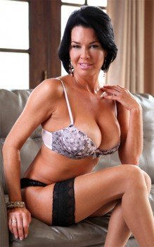 Veronica Avluv (BBC Anal) Wife Breeders Cover