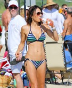 Bethenny Frankel | Bikini Candids in the Hamptons | August 1 | 21 pics