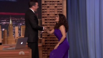 SALMA HAYEK - The Tonight Show 08.06.15