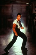 Ордер на смерть (Смертельный приговор) / Death Warrant; Жан-Клод Ван Дамм (Jean-Claude Van Damme), 1990 F3c397429198106