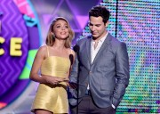 """Sarah Hyland """"Teen Choice Awards 2015 at the USC Galen Center in Los Angeles"""" (16.08.2015) 36x updatet x2 8760cd429568624"""