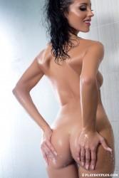http://thumbnails114.imagebam.com/43291/fc4008432908253.jpg