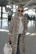 Kylie Minogue - 28.8.2015 (London's Heathrow Airport)