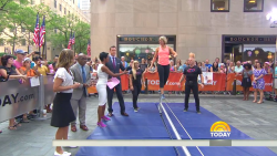 Dylan Dreyer - 'Today Show'  Meteorologist's Incredible Booty in Spandex - 9/3/15