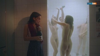 Nude julia brendler Julia Brendler