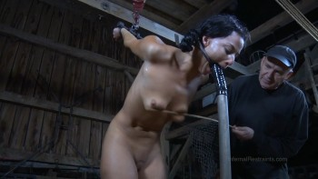 Strappado claustrophobia and orgasm predicament for captive 2