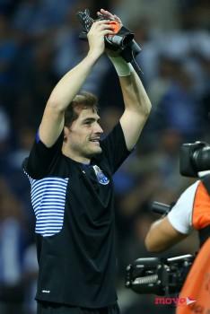 Iker Casillas , su novio - Página 21 C4d339436967246