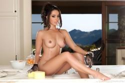 http://thumbnails114.imagebam.com/43835/7b7467438348944.jpg