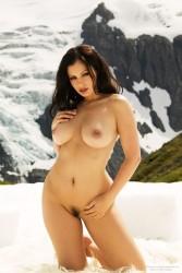 http://thumbnails114.imagebam.com/43863/9e4731438625605.jpg