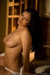 http://thumbnails114.imagebam.com/43863/fbebd8438626888.jpg