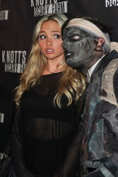 Natalie Alyn Lind - Knott's Scary Farm Black Carpet in Buena Park 10/01/15