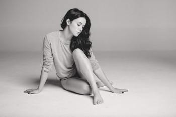Meg Myers - Cute Colored Picture - x 1