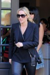 Kate Winslet gets lunch at Cafe Cluny in West Village in New York October 7-2015 x8