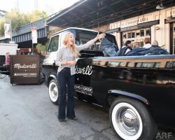 Annasophia Robb - Madewell Denim Recycling Drive 10/08/15