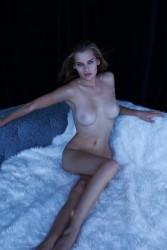 http://thumbnails114.imagebam.com/44090/37a627440896322.jpg