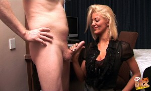 HeyLittleDick - Tia Layne - Too Small For My Club