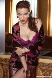 http://thumbnails114.imagebam.com/44275/1f2002442743860.jpg
