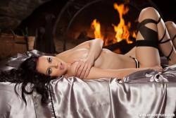 http://thumbnails114.imagebam.com/44444/30b506444438810.jpg