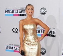 American Music Awards 58d37a444520506