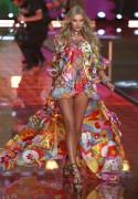 "Elsa Hosk ""Victoria's Secret Catwalk Show in New York"" (10.11.2015) 10x updatet  Ab03eb446257413"