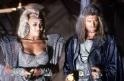 Безумный Макс 3: Под куполом грома / Mad Max 3: Beyond Thunderdome (Мэл Гибсон, 1985) 89f192446942477