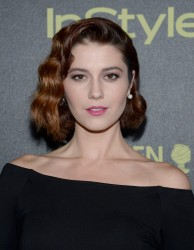 Mary Elizabeth Winstead - HFPA And InStyle Celebrate The 2016 Golden Globe Award Season in West Hollywood 11/17/15