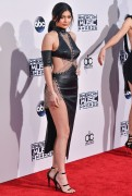 """Kendall Jenner and Kylie Jenner """"The 2015 American Music Awards - Arrivals held at Microsoft Theatre """" Los Angeles, CA 22.11.2015 (x185) Updated 2 3a3017448906577"""