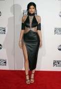 """Kendall Jenner and Kylie Jenner """"The 2015 American Music Awards - Arrivals held at Microsoft Theatre """" Los Angeles, CA 22.11.2015 (x185) Updated 2 888472448906676"""