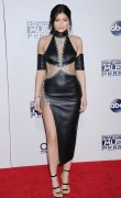 """Kendall Jenner and Kylie Jenner """"The 2015 American Music Awards - Arrivals held at Microsoft Theatre """" Los Angeles, CA 22.11.2015 (x185) Updated 2 B057fc448906542"""