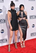 """Kendall Jenner and Kylie Jenner """"The 2015 American Music Awards - Arrivals held at Microsoft Theatre """" Los Angeles, CA 22.11.2015 (x185) Updated 2 B168b3448906823"""