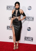 """Kendall Jenner and Kylie Jenner """"The 2015 American Music Awards - Arrivals held at Microsoft Theatre """" Los Angeles, CA 22.11.2015 (x185) Updated 2 C79b99449216134"""