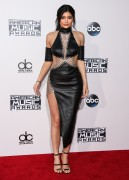 """Kendall Jenner and Kylie Jenner """"The 2015 American Music Awards - Arrivals held at Microsoft Theatre """" Los Angeles, CA 22.11.2015 (x185) Updated 2 Ebedad449215319"""