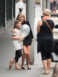 Taylor Swift - leaving her hotel in Sydney, Australia - 11/29/15
