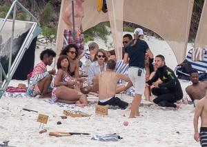 Taylor Swift - at a beach in Hamilton Island, Australia - 12/01/15