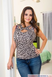 Ava Addams - My Friend's Hot Mom (12/8/15) x29