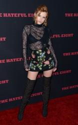 """MEGA POST: Bella Thorne con espectaculares botas en el estreno de """"The Hateful Eight"""" en Los Angeles (7/12/15) 117957451548665"""