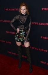 """MEGA POST: Bella Thorne con espectaculares botas en el estreno de """"The Hateful Eight"""" en Los Angeles (7/12/15) 8cc37a451548658"""