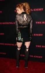"""MEGA POST: Bella Thorne con espectaculares botas en el estreno de """"The Hateful Eight"""" en Los Angeles (7/12/15) A1d056451548619"""