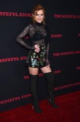 """MEGA POST: Bella Thorne con espectaculares botas en el estreno de """"The Hateful Eight"""" en Los Angeles (7/12/15) 0d68f0451555382"""