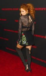 """MEGA POST: Bella Thorne con espectaculares botas en el estreno de """"The Hateful Eight"""" en Los Angeles (7/12/15) Fce73b451555329"""