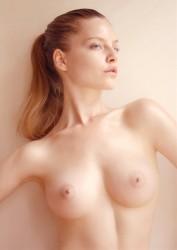 http://thumbnails114.imagebam.com/45163/b70773451626002.jpg