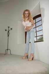 Lexi Belle - Lexi Loves Girls pt.3