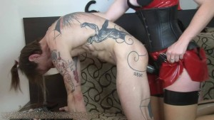 Young-Goddess-Club - MISTRESS VIVIENNE L'AMOUR FROM LONDON - SLAVE DUNCAN - DEEP IN YOUR LITTLE ASS
