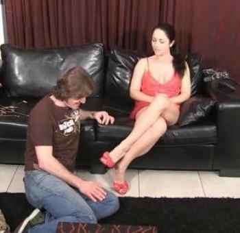 Female domination cum eating